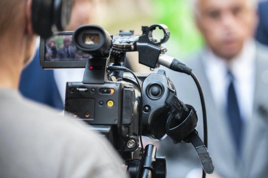 Camarógrafo en una conferencia