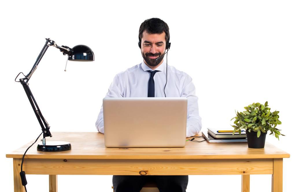 trabajar de teleoperador