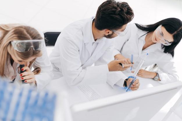 Trabajar como un técnico de farmacia