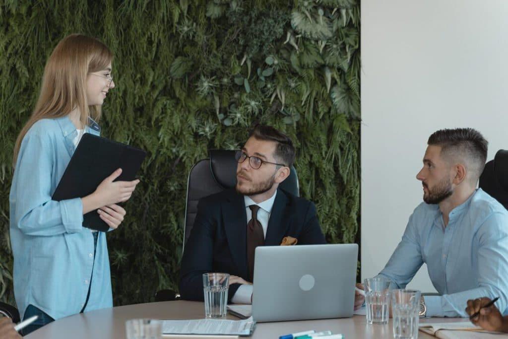 Cómo superar una entrevista grupal