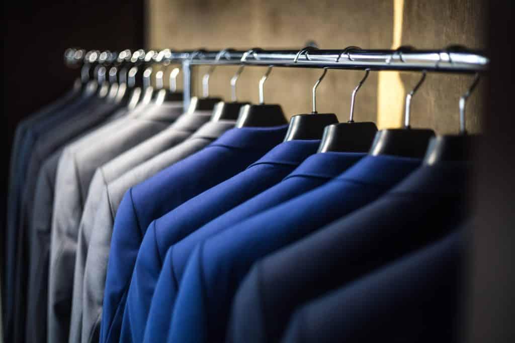 Vestimenta masculina para una entrevista de trabajo