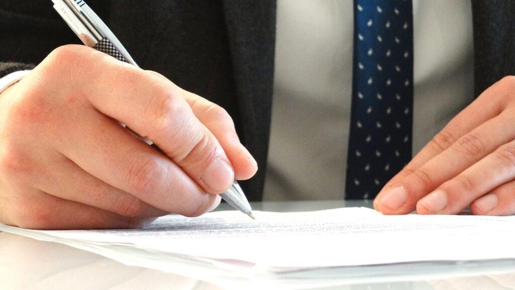 Carta de presentación para un bufete de abogados