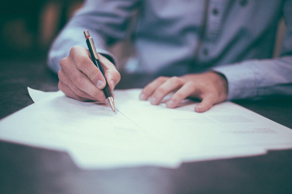Carta de presentación para un despacho de abogados